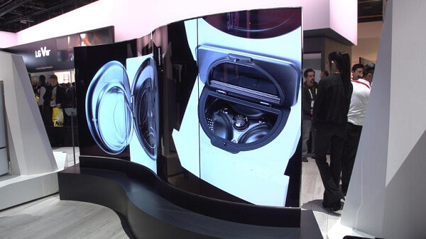 CES 2016 1.	LG's Dual-Sided OLED Video Wall