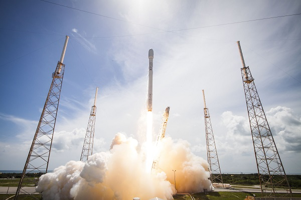SpaceX to launch Nasa's new SWOT satellite