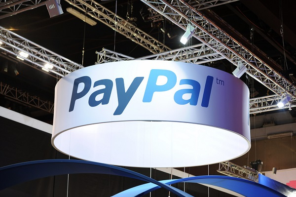 PayPal booth in a shopping center