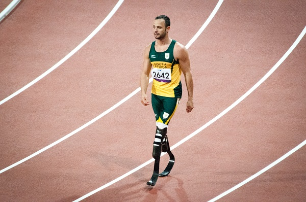 Oscar Pistorius on the sprint track