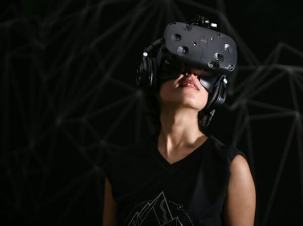 HTC Vive Pre-orders Start On 29 February, Watch Out Oculus