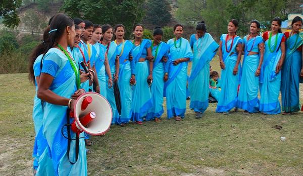 women doing the chhaupadi dance